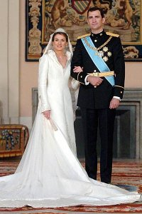 Princess Letizia and Prince Felipe's official wedding portrait