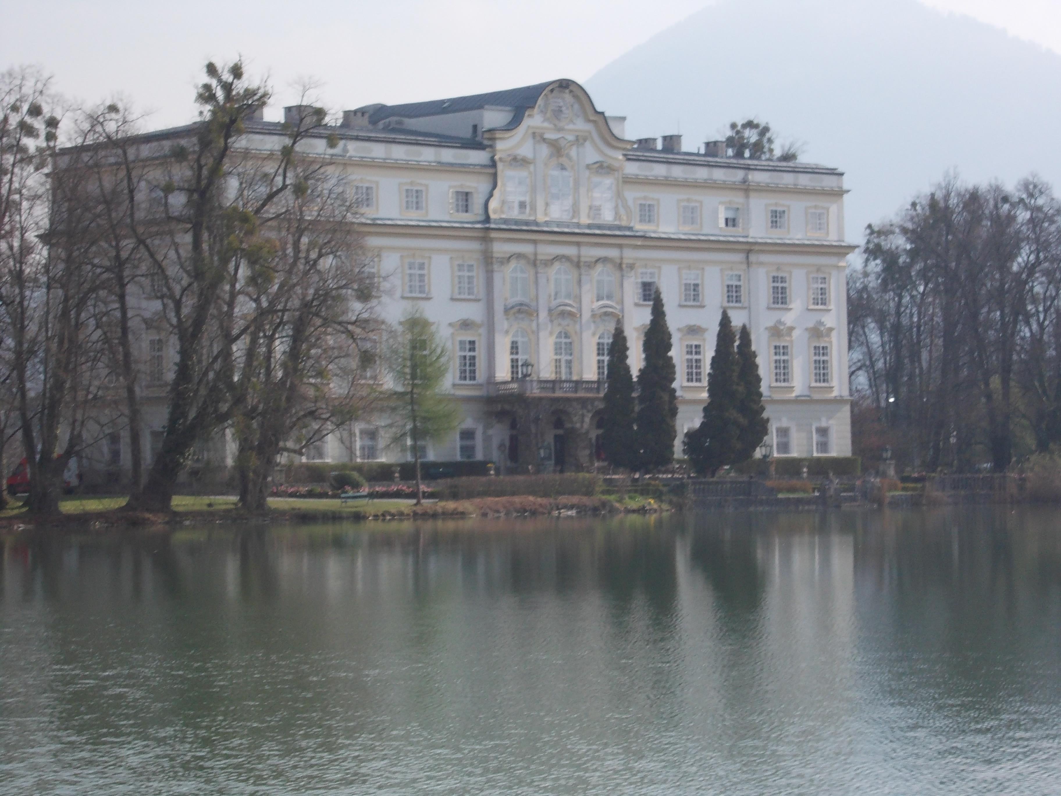 Semana santa series part 9 salzburg sound of music tour for Whats house music