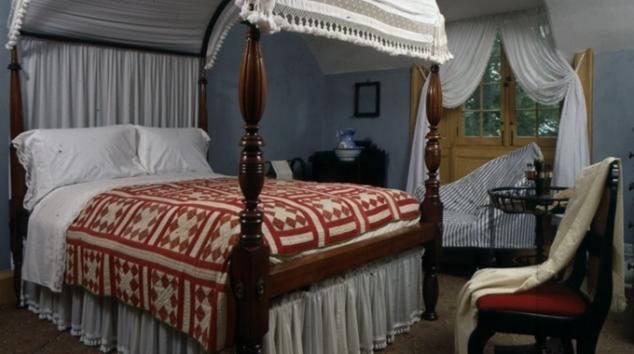 washington irving bedroom